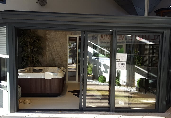 VALDOIE VERANDA showroom